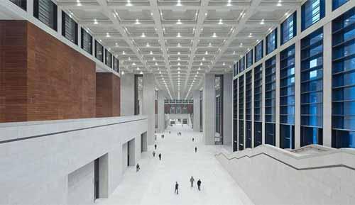 Perfecta fusión de arquitectura y luz para la cultura