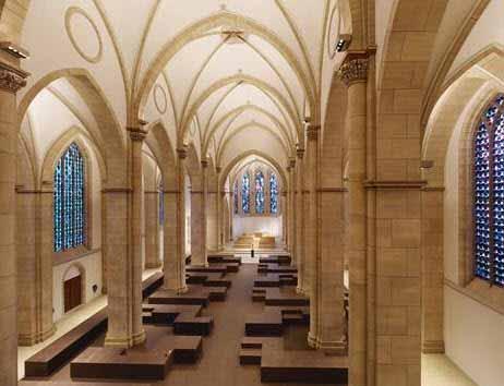 Nueva iluminación para un templo de estilo gótico