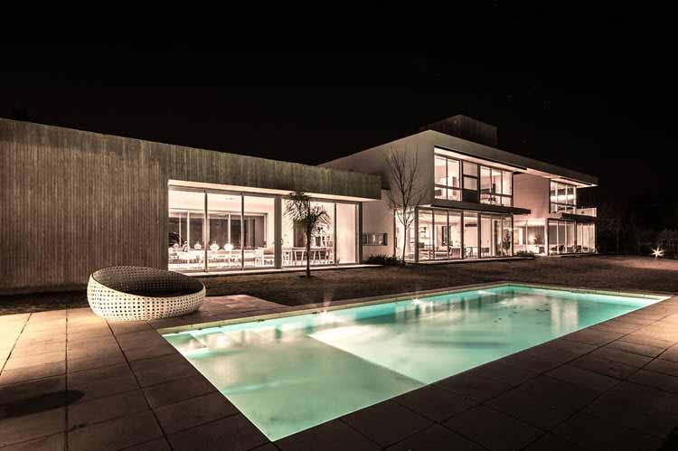 Una casa en Córdoba muestra su diseño e iluminación - Iluminación.Net