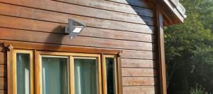 Lámpara Lutec | Reflector LED Solar con Detector de Movimiento - P9011