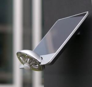 Lámpara Lutec | Luz LED Solar con Detector de Movimiento - P9013